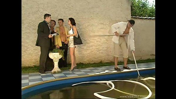 Buyer girl banged in poolside
